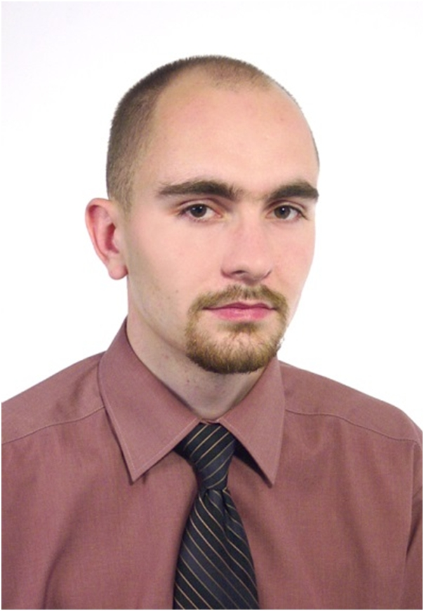 Dr Bartosz Marcinkowski